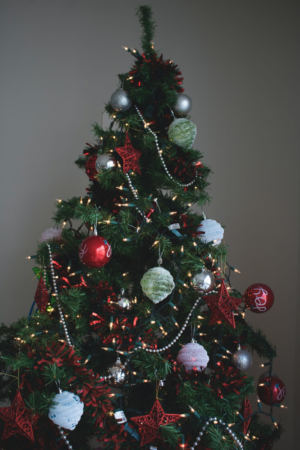 artificial-christmas-tree